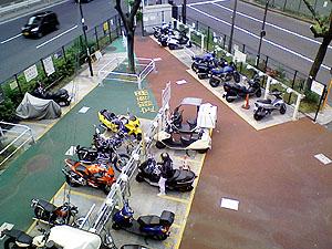 駐輪場全景2