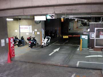 駐輪スペース入口