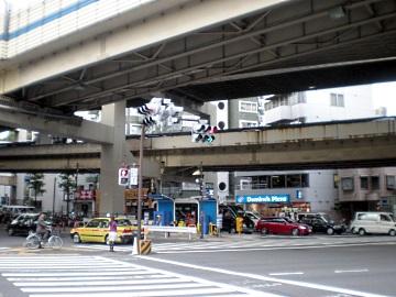 一ノ橋オートバイ専用駐車場・全景