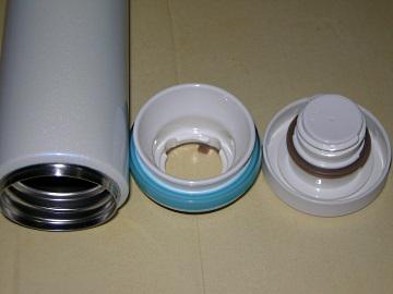 JNO-500内蓋と飲み口